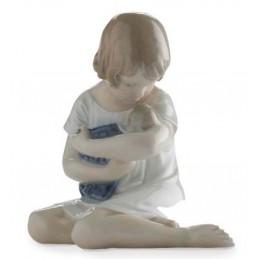 Royal Copenhagen Statuina Bimba con Bambola Mini 5021082