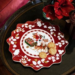 Villeroy & Boch Toy's Fantasy Large Pastry Plate Santa on Rooftop