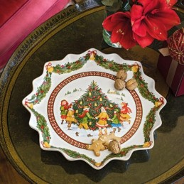 Villeroy & Boch Toy's Fantasy Pastry Deep Plate Dance Around the Tree