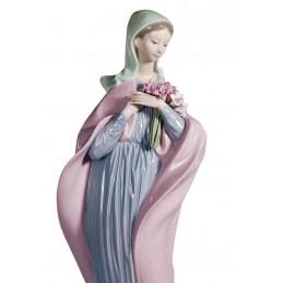 Lladrò Statua Vergine con Fiori Ref. 01005171